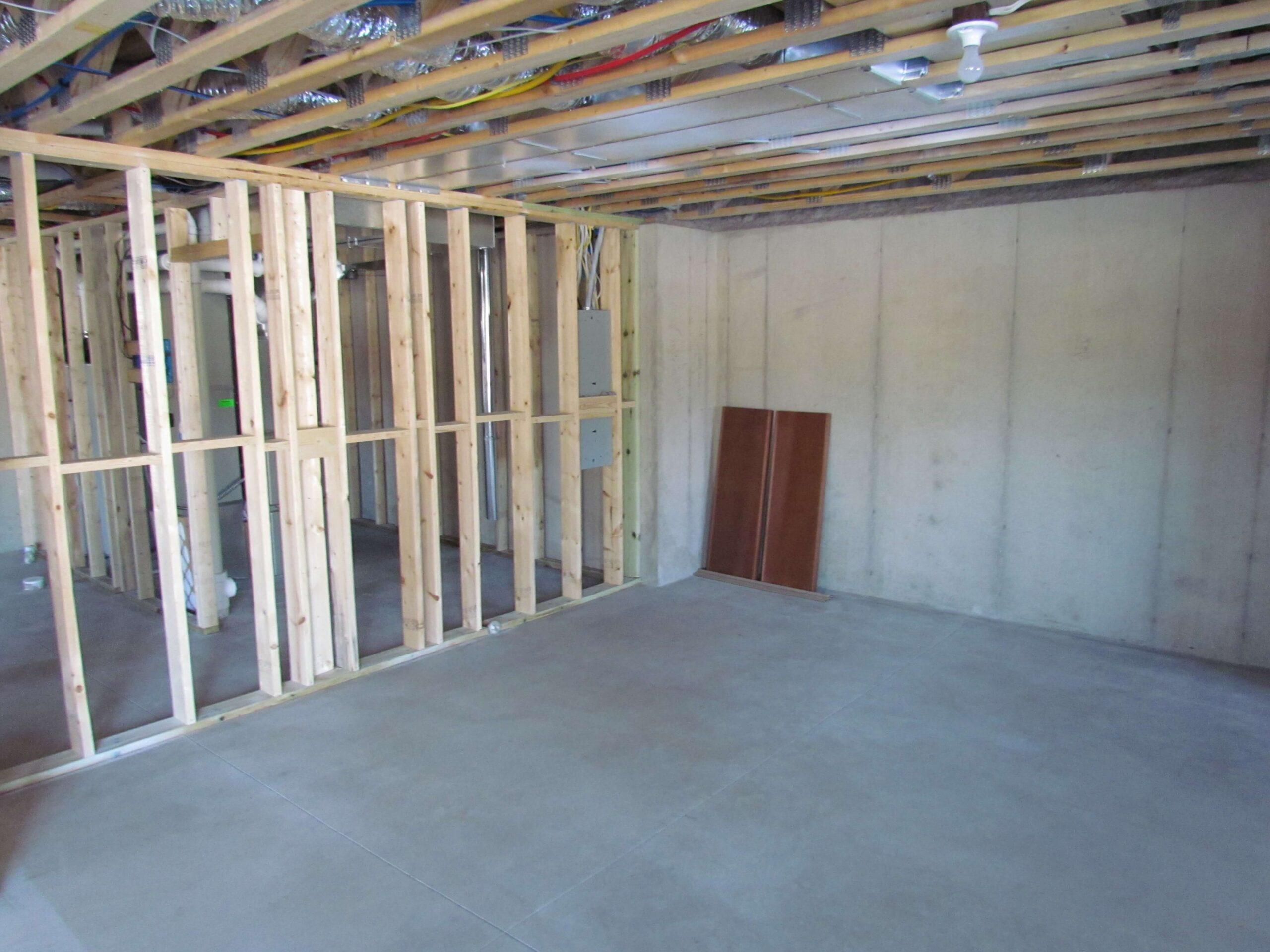 basement_feld before